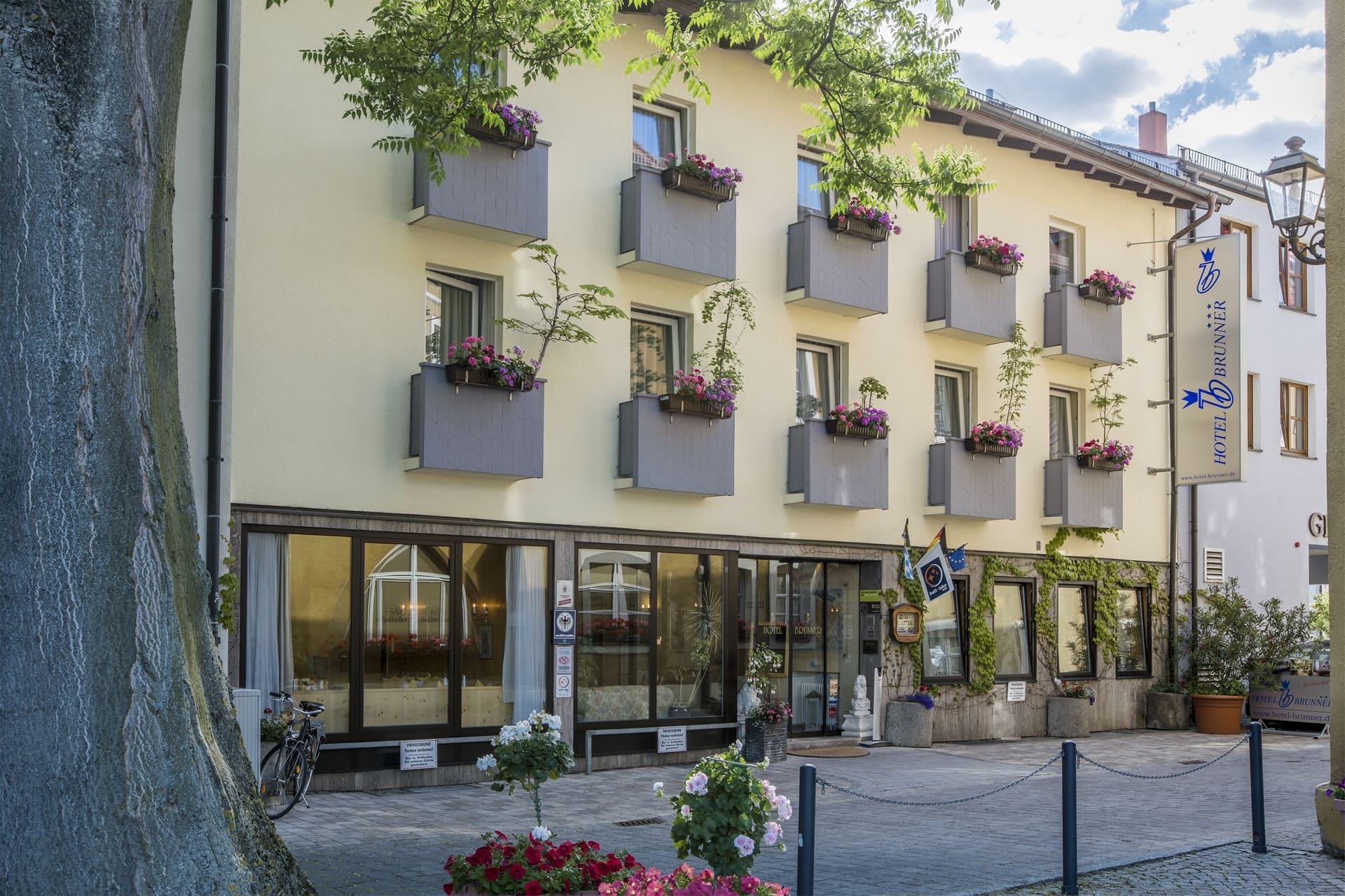 Hotel Brunner Front